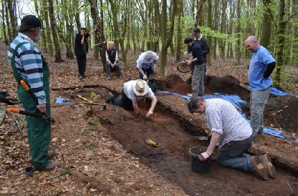 Volunteers Freinds of Thynghowe excavating at Thynghowe Sherwood Forest